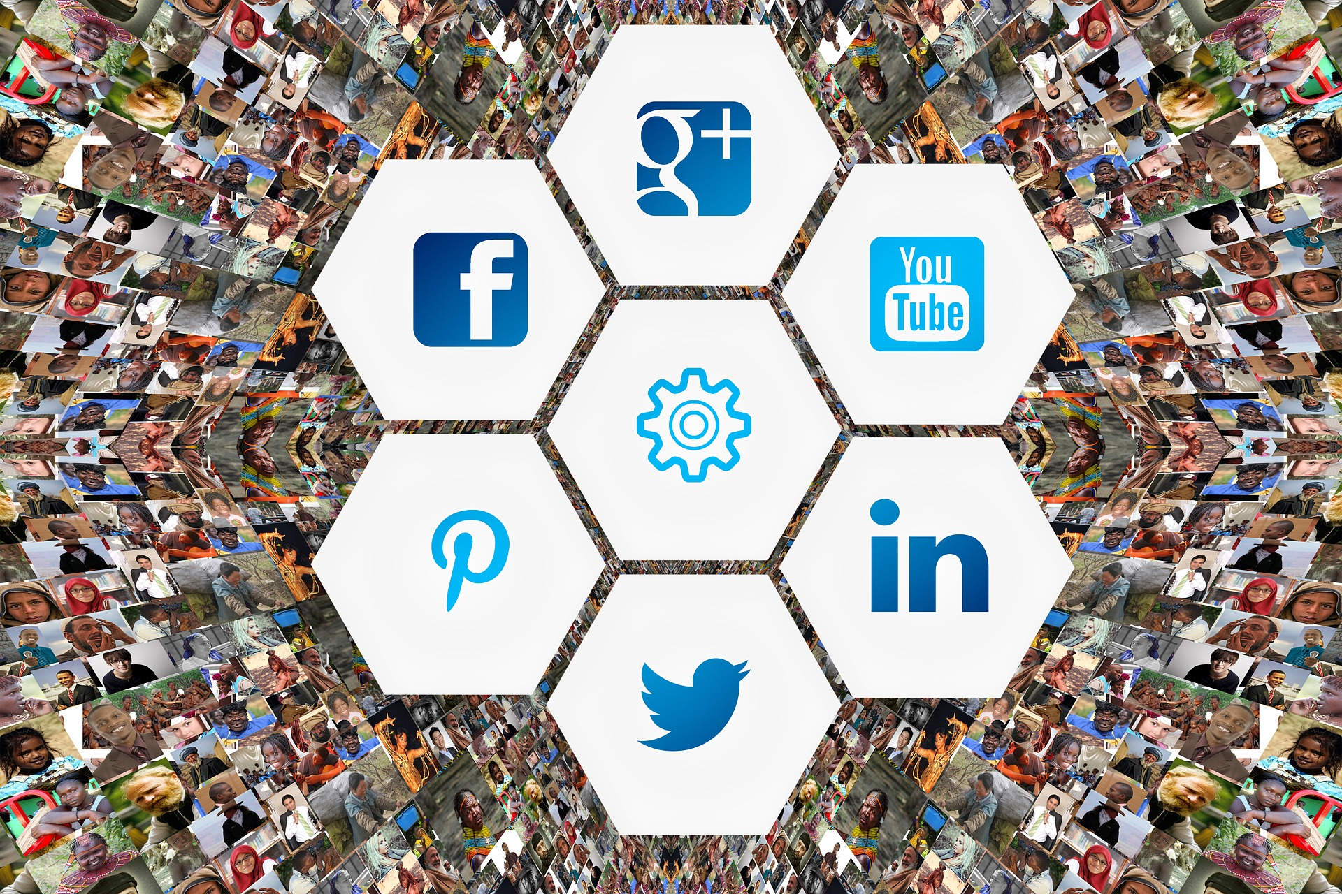 You Face I Tweet. 10 Powerful social networks and their demographics